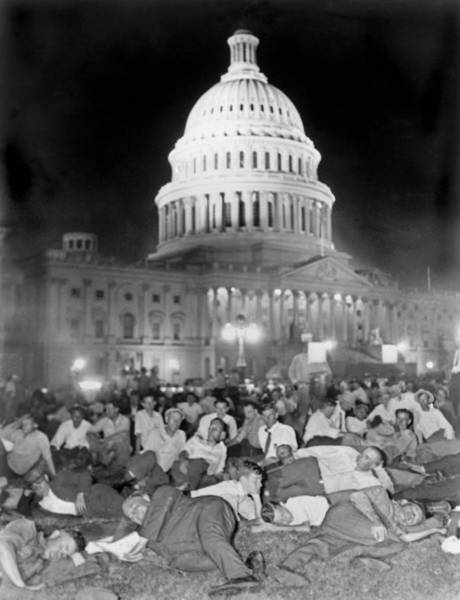 1932 Wall Art - Photograph - Bonus Army Sleeps At Capitol by Underwood Archives