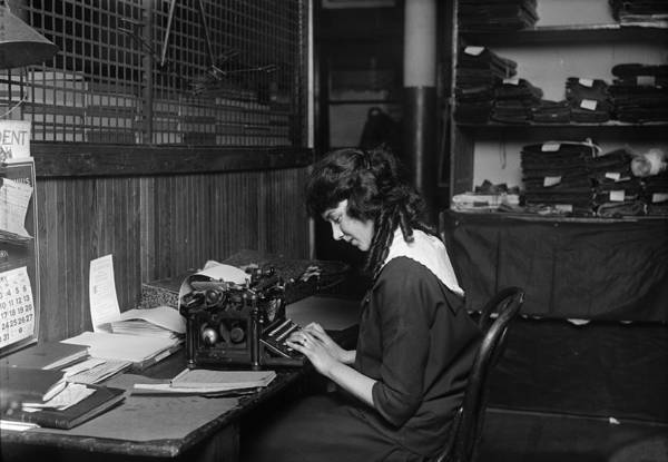 Photograph - Boston Typist, 1917 by Granger