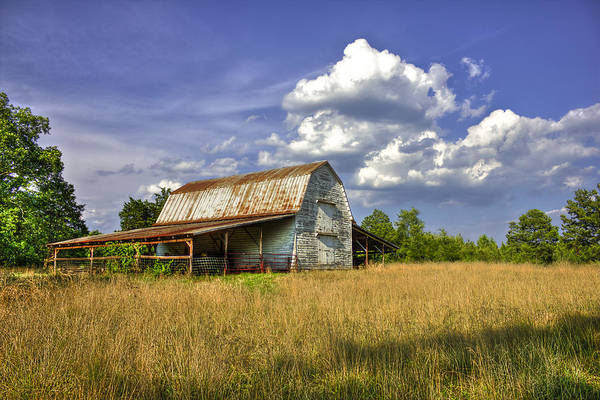 Photograph - Boswell White Barn And The Afternoon Sun by Reid Callaway