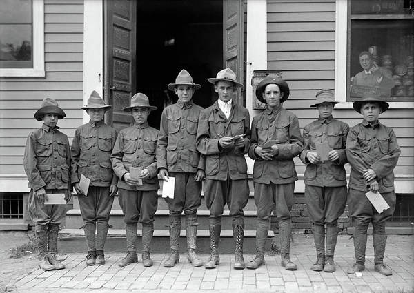 Photograph - Boy Scouts, 1913 by Granger