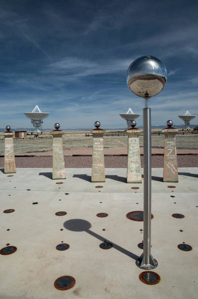 Very Large Array Photograph - Bracewell Sundial At Very Large Array by Jim West/science Photo Library