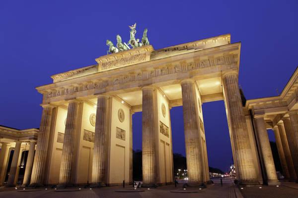Brandenburg Gate Photograph - Brandenburg Gate At Dusk by Massimo Pizzotti