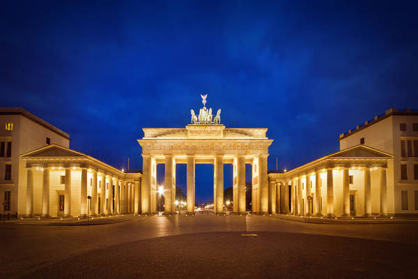 Wall Art - Photograph - Brandenburg Gate by Melanie Viola