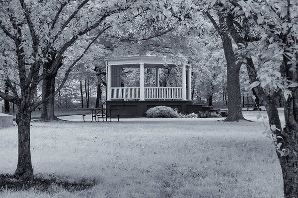 Photograph - Brattleboro Common by Tom Singleton