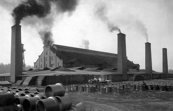 Manufacturing Plant Wall Art - Photograph - Brick And Lime Company Factory by Underwood Archives