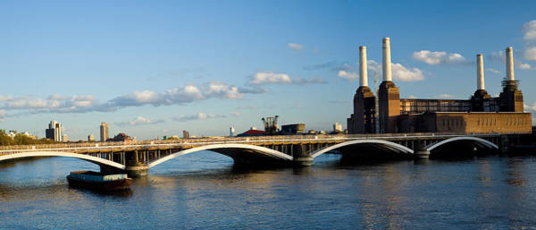 Fire Place Photograph - Bridge With Battersea Power Station by Panoramic Images