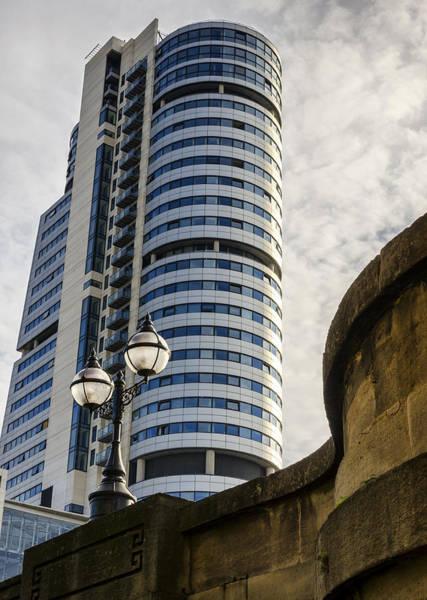 Photograph - Bridgewater Place by Pablo Lopez