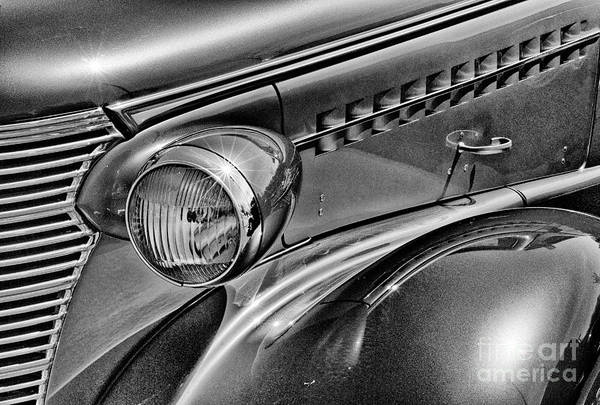 Photograph - Bright And Shinny by Paul W Faust -  Impressions of Light