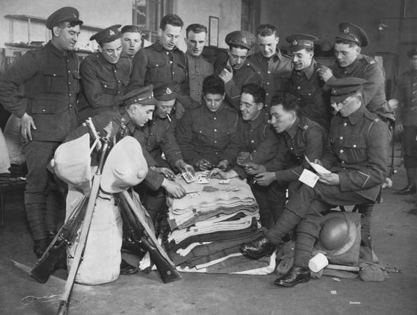 Wall Art - Photograph - British Marines Playing Cards by Underwood Archives
