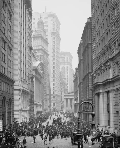 New York Stock Exchange Wall Art - Photograph - Broad Street, New York City, C.1905 Bw Photo by Detroit Publishing Co.