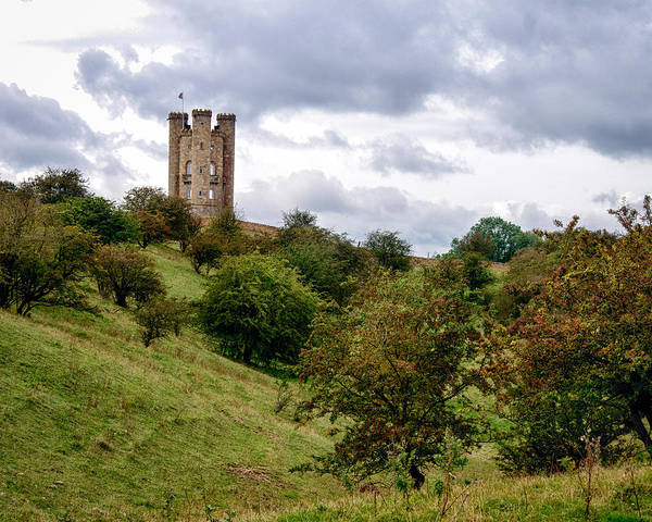 Photograph - Broadway Tower by William Beuther