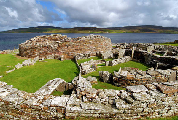Evie Photograph - Broch Of Gurness by Simon Fraser/science Photo Library