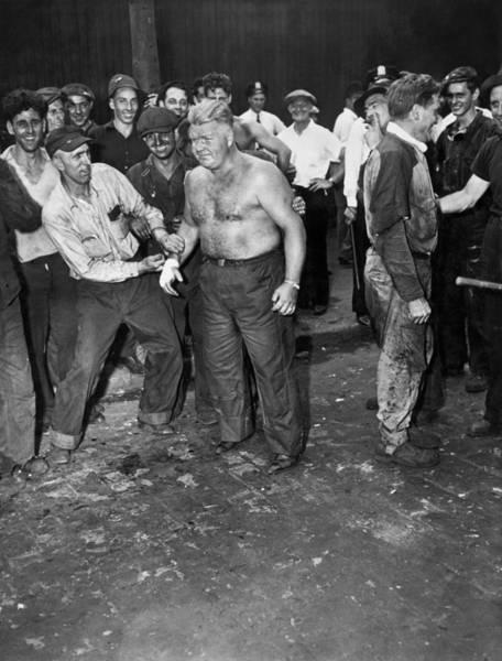 Dry Dock Photograph - Brooklyn Shipyard Strike by Underwood Archives