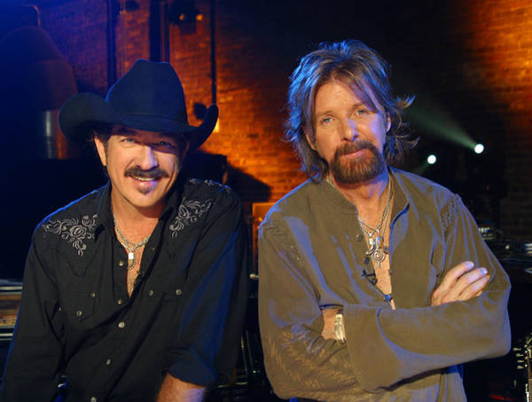 Starstruck Studios Wall Art - Photograph - Brooks And Dunn by Don Olea