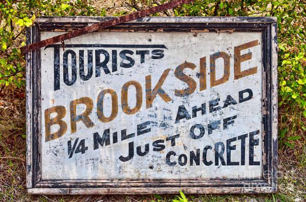 Photograph - Brookside Sign by Les Palenik