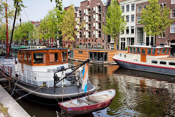 Houseboat Photograph - Brouwersgracht Canal In Amsterdam by Artur Bogacki