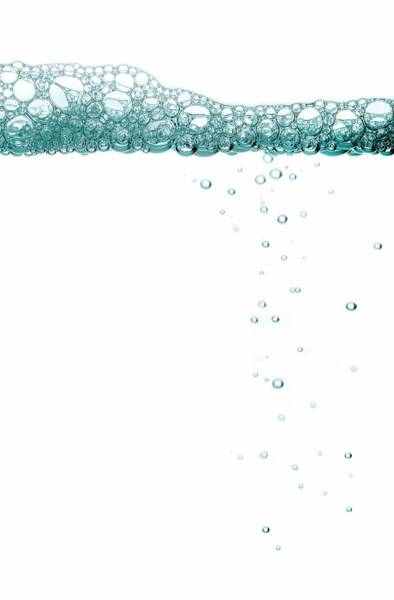 Forming Wall Art - Photograph - Bubbles by Gustoimages/science Photo Library