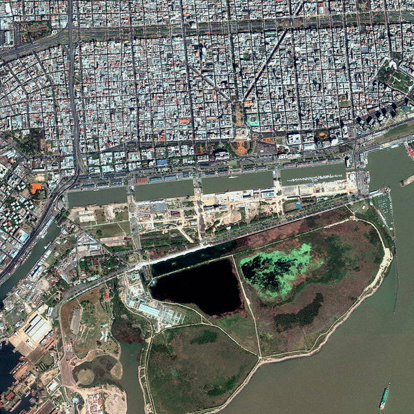 Buenos Aires Photograph - Buenos Aires by Geoeye/science Photo Library