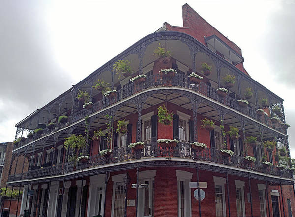 Louisiana Photograph - Building In The French Quarter by Murat Taner