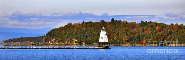 Wall Art - Photograph - Burlington Breakwater North Lighthouse by Diane E Berry