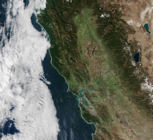 Suomi Photograph - California Before Rain by Science Source