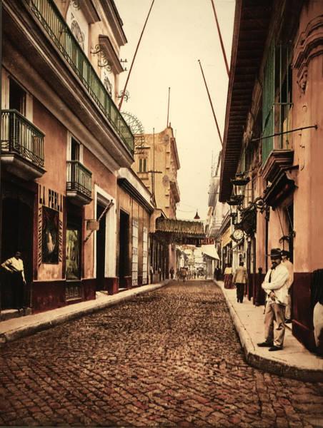 Calle Wall Art - Photograph - Calle De Habana Habana Cuba by Bill Cannon
