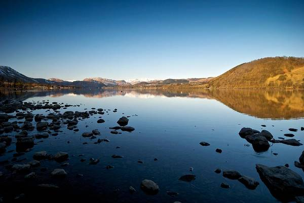 Pooley Bridge Wall Art - Photograph - Calm And Tranquility On Ullswater by Stephen Taylor
