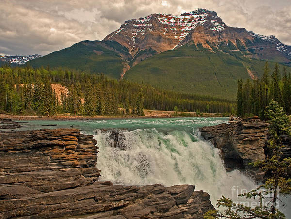 Wall Art - Photograph - Canadian Falls by Robert Pilkington
