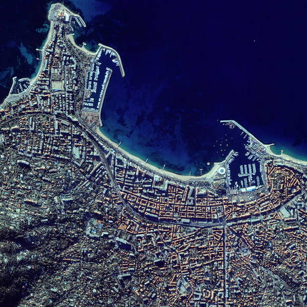 City Centre Photograph - Cannes by Geoeye/science Photo Library