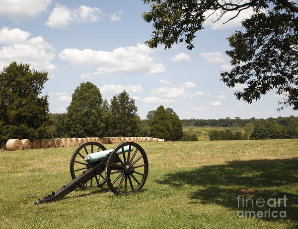 Photograph - Cannon At Battery Heights At Manassas Battlefield by William Kuta