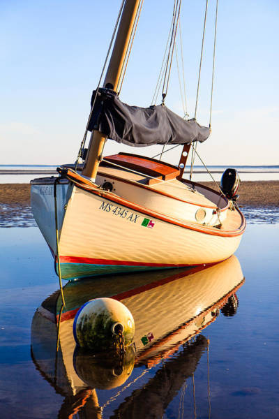 Villandry Photograph - Cape Cod Sailboat by Christopher Villandry