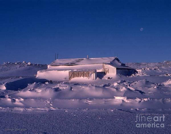 Photograph - Capeevanshut-antarctica-g.punt-4 by Gordon Punt