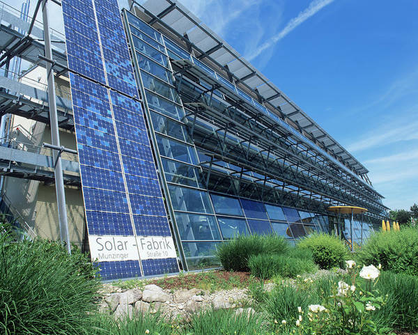 Wall Art - Photograph - Carbon-neutral Building by Martin Bond/science Photo Library
