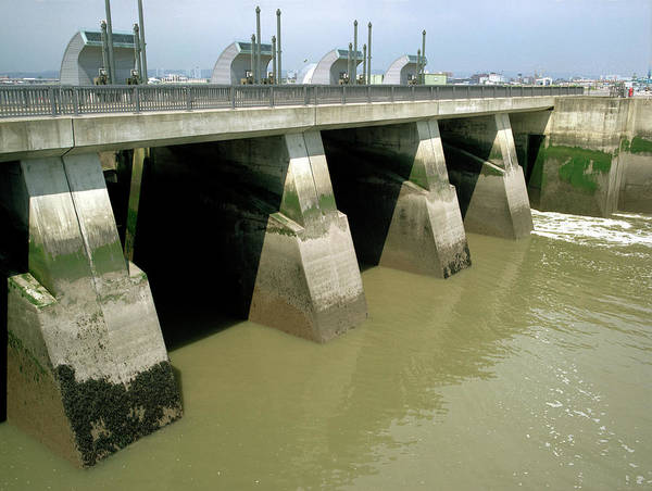 Lock Gates Photograph - Cardiff Barrage Sluice Gates by Robert Brook/science Photo Library