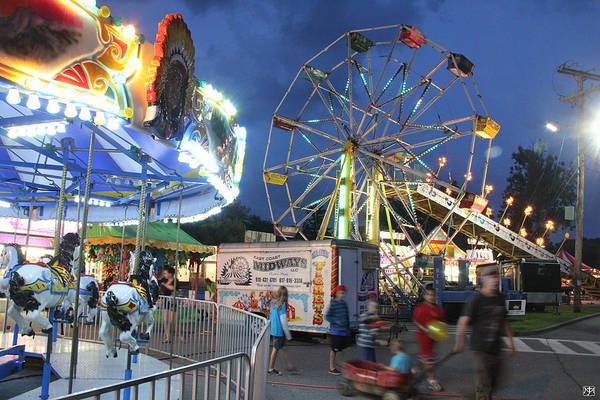 Photograph - Carnival At Fairfield Days by John Meader