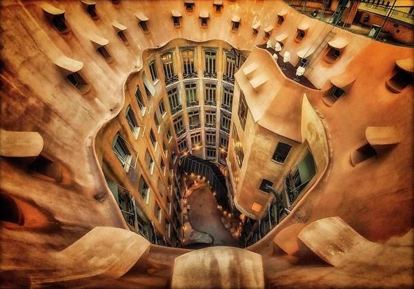 Wall Art - Photograph - Casa Mila?, La Pedrera, Barcelona. by Artistname