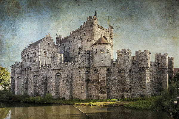 Photograph - Castle Of The Counts by Joan Carroll