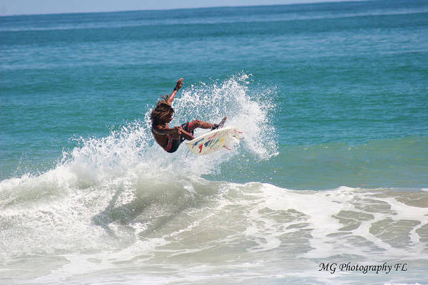 Photograph - Catching Air by Marty Gayler