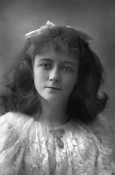 Loftus Photograph - Cecilia Loftus (1876-1943) by Granger