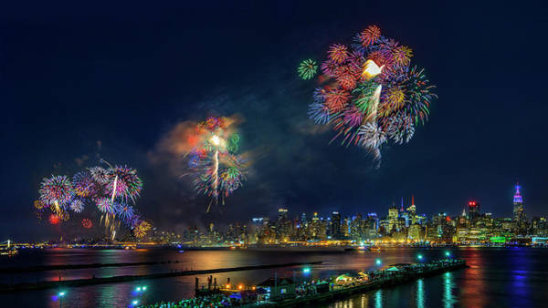 Celebration Photograph - Celebration Of Independence Day In Nyc by Hua Zhu