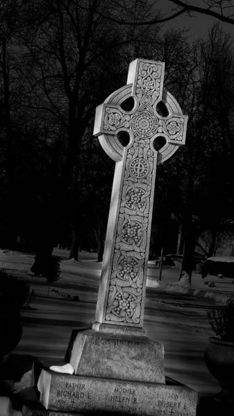 Photograph - Celtic Cross 3d22026 by Guy Whiteley