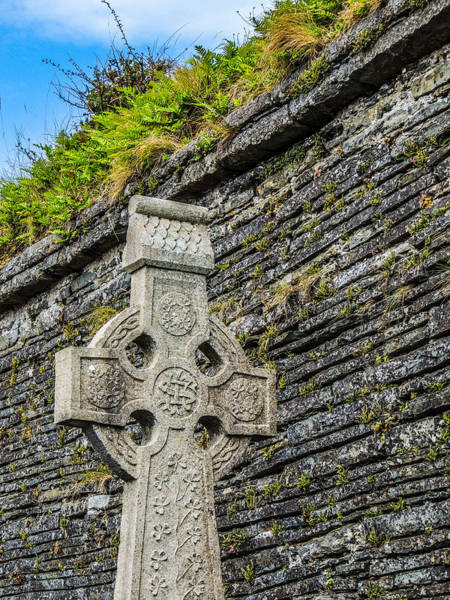 Photograph - Celtic Cross At Kilmurry-ibrickan Church by James Truett
