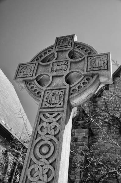 Photograph - Celtic Cross At Trinity by Guy Whiteley