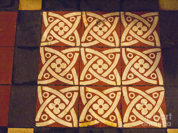 Photograph - Celtic Knots by Brenda Kean