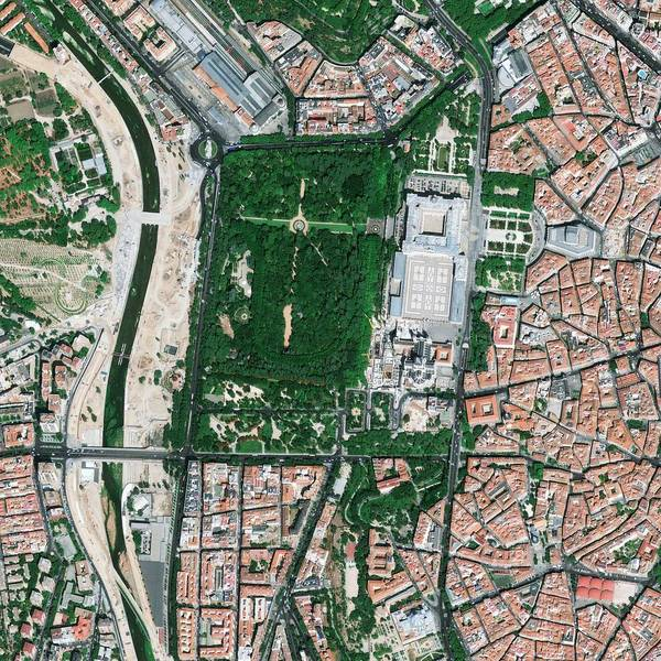 Wall Art - Photograph - Central Madrid by Geoeye/science Photo Library