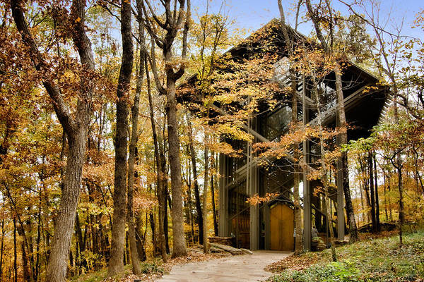 Eureka Springs Photograph - Chapel In The Woods by Lana Trussell