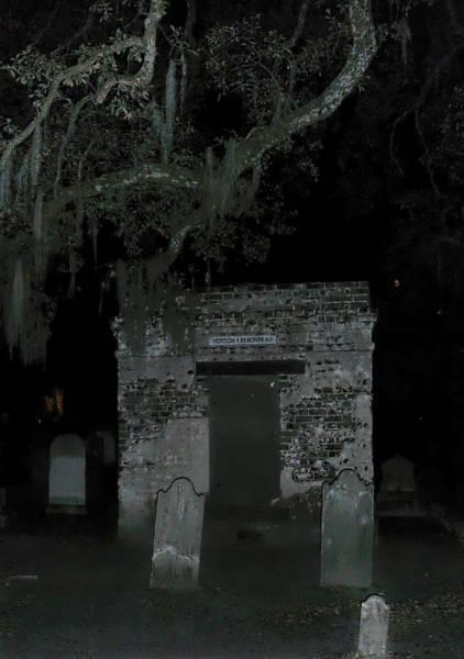 Photograph - Charleston Graveyard by Jemmy Archer