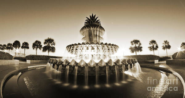 Photograph - Charleston Waterfront Park Pineapple Fountain by Dustin K Ryan