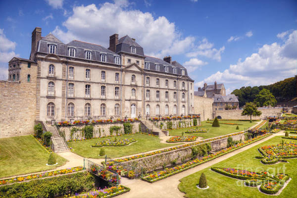 Chateau Photograph - Chateau De L Hermine Vannes Brittany by Colin and Linda McKie