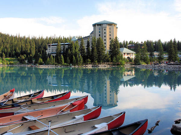 Photograph - Chateau Lake Louise by Gerry Bates